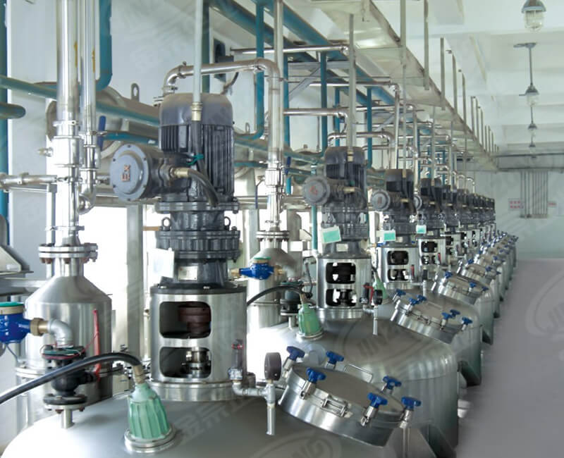 Raw material reaction equipment production line