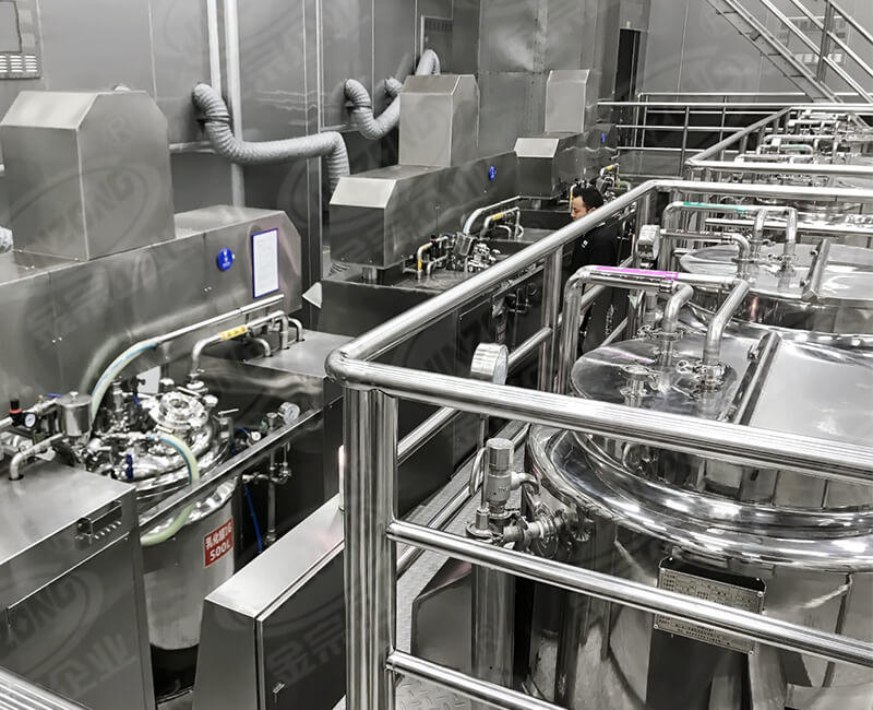 Cosmetics production heating and cooling pipes